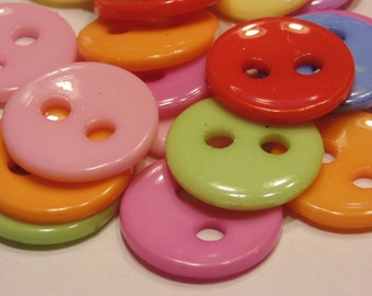10 LARGE colorful acrylic buttons, 28 mm (40)
