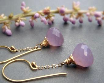 Lavender Pink Chalcedony Earrings, Gold Dangle Earrings Dusty Pink, Wirewrapped Gemstone Onion Briolette Earrings, Soft Lilac Pink Earrings