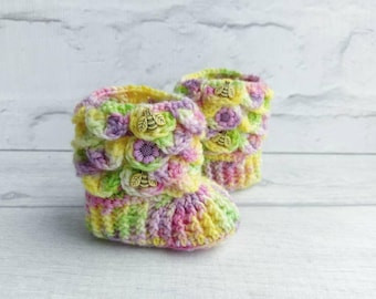 Dragon scale booties, ready to ship, 0-3m, crocodile stitch baby booties, pixie booties, yellow baby booties, unique baby gift, ooak