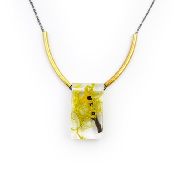 Terrarium Necklace Rectangle Bead and Brass Necklace • Nature Necklace • Eco Resin Terrarium Necklace • Botanical Jewelry Terrarium Jewelry
