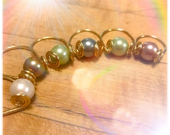 Assorted Color Pearl Golden Rings