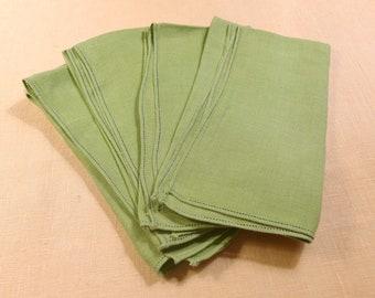 Serviettes en lin vert Vintage Set de 4, anis vert pomme rebrodée serviettes de couleur d'été