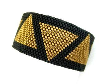 Peyote Bracelet /  Egypt Bracelet / Beaded Bracelet in Light Metallic Bronze and Matte Black  / Cleopatra  Bracelet / Seed Bead Bracelet