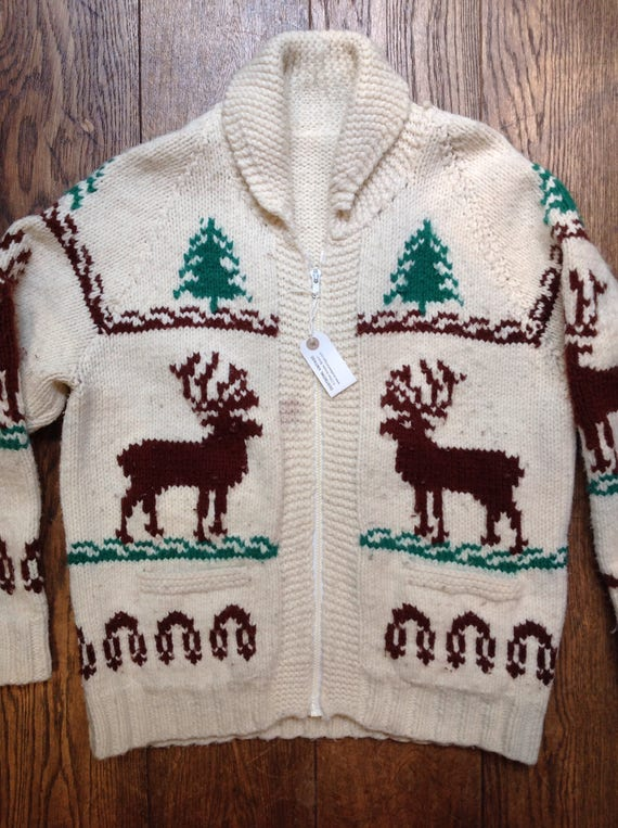 "Vintage cream green wool handknitted cowichan sweater cardigan stag deer fir tree winter hunting zip up 48"" chest"