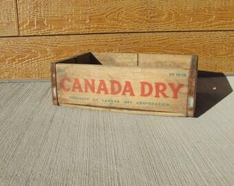 Vintage Canada Dry soda crate