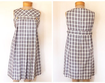 Vintage 1960s White, Blue and Red Plaid Pleated Dress with Gold Buttons Size M/L