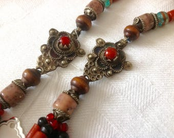 Old tribal berber morocco necklace. 3 old Metal beads, recycled glass, stones. African Bedouin Necklace. HW57
