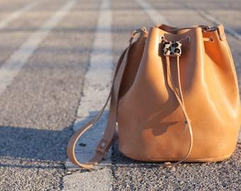 shoulder large bag/leather bucket/elegant drawstring bag/crossbody/handmade/aelia bags/natural/black