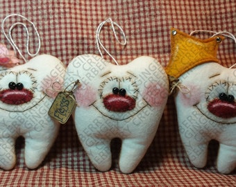 Mind the Gap Tooth Pillow Pattern #248 - Primitive Doll Pattern - Tooth Fairy - Tooth Pillow - Ornament - Decoration Only