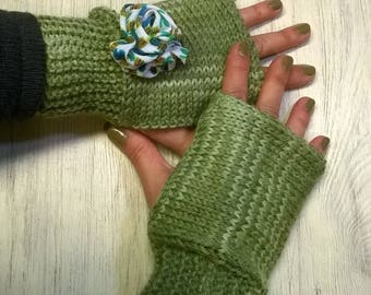 Green Wool gloves without fingers