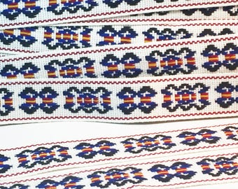 Woven Flat Trim - Blue and WHite Retro Braid - Geomrtric Mod Woven Ribbon - Pillow and Bag Trim - Vintage Sewing Trim - 1 yard