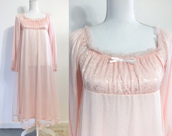 Pink Lace Dress / House Dress / Long-sleeves