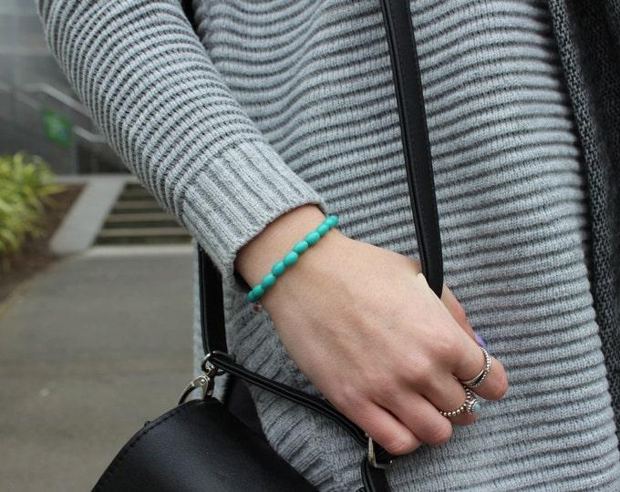 Wintergreen Beaded Gold Bracelet.