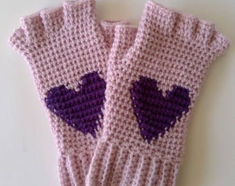 crochet pattern / Crochet Fingerless heart gloves pattern