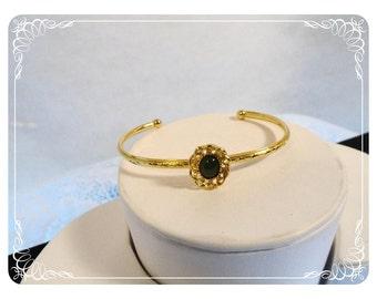 Dainty Sweet Bracelet Goldtone w Dark Green Rhinestone   Brac-1198a-40510000