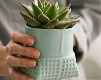 Ceramic Planter, Turquoise succulent planter, Light blue plant pot, Ceramic flower pot, Modern planter, Air Plant Pot, Indoor gardening