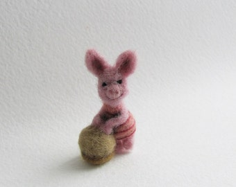 Piglet needle felted miniature