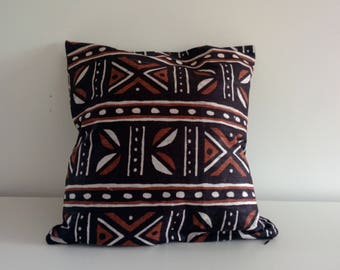 Cushion cover etnic geometry