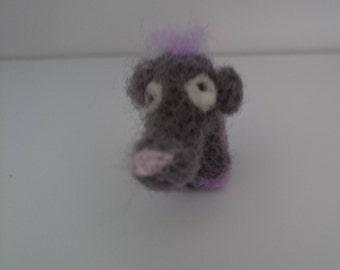 Needle felted mini elephant fil