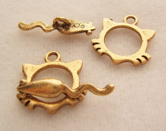 2- Antiqued Gold 15mm Cat and Mouse Toggles