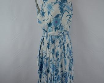 1950s Floral Dress, 1950s dress, vintage dress, summer dress, vintage floral dress, 1950, 1950s Pinup Dress, Blue, Rockabilly Dress, Dress