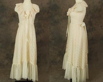 Clearance SALE vintage 70s Wedding Dress - Ivory Lace Maxi Dress 1970s Boho Wedding Gown Sz S