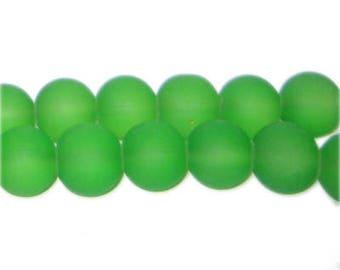 12mm Grass Green Sea/Beach-Style Glass Bead, approx. 18 beads