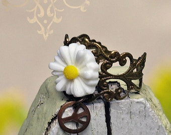 Hippie Chic Daisy Ring. Adjustable Handmade Bohemian Style Flower Jewelry. Peace Sign Ring