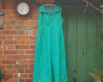 Mermaid green silk vintage dress 10/12 1960s
