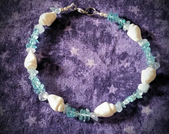 Crystal and Shell Beaded Bracelet