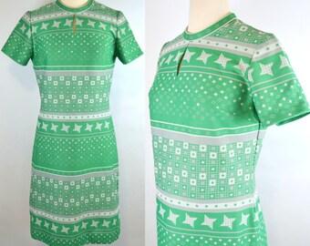 1960s MOD Green Star Pattern Dress by Lady Carol, Key hole Neckline