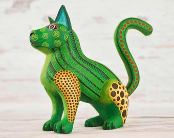 A1360 Cat Alebrije Oaxacan Wood Carving Painting Handcrafted Folk Art Mexican Craft