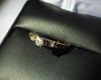 Vintage 1940s 18k/14k Diamond Ring