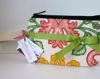 Preppy Floral Wristlet, Fabric Wristlet, SmartPhone Wristlet, IPhone Wristlet
