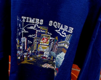 Vintage New York Sweatshirt /Times Square a classic New York / Size L Unisex/NEW YORK Pullover Sweatshirt/42nd Street Times Square Big Apple