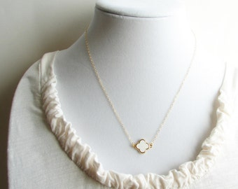 Small White Flower Necklace ~ Daisy Necklace ~ Bridesmaid Gift ~ Hydrangea ~ Gift for Her