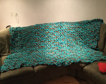 beautiful adult size crochet blanket
