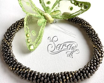 Metal look beads, Bead crochet necklace, Casual necklace, Round necklace, Crochet beads, Metalic beads, Grey necklace, Glass bead necklace