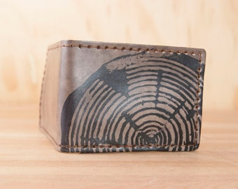 Leather Bifold Wallet - Mens or Womens - Big Woody pattern with large wood round print - Antique Black - Third Anniversary Gift