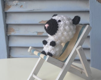 Poupée Amigurumi au crochet bébé mouton, les tout-petits ferme jouet animal. Fait à la main la nouvelle peluche.