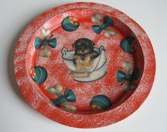 Orange round tray with puppy