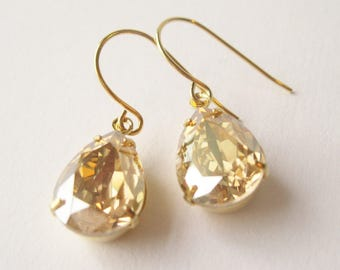 Champagne Gold Bridesmaid Earrings Vintage Style Teardrop Champagne Wedding Swarovski Elements Golden Shadow New Years Eve