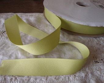 "green ribbon trim 3 yards 7/8"" wide yellowish-green grosgrain trim destash embellishments wedding crafts supplies"