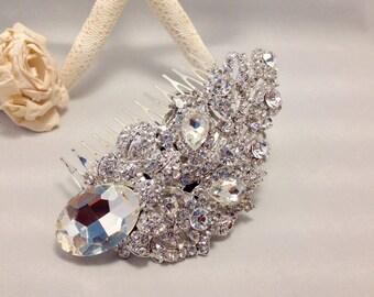 BRIDAL SALE Hair Comb Brooch Boquet Hair Comb Bridal Headpiece Acessories Rhinestones
