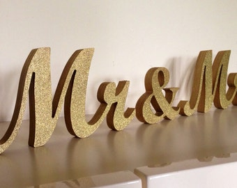 Glittered MR & MRS wedding wood sign  for sweetheart table decoration,engagement, prop photo, Table sign, wooden letters, centerpice