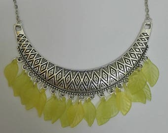 Necklace silver print & yellow leaves