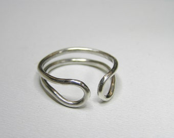 two loop sterling silver ring. Minimalist sterling silver ring. Unisex sterling silver ring.