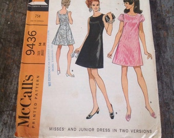 Vintage McCall's Sewing Pattern 9436 Size 14 Bust 36 Dress