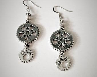 Steampunk  Earrings Gears Silver color