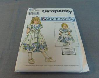 "Girl's Dress and Doll Dress 18"" Doll, Size 3, 4, 5, 6, Uncut Pattern, Simplicity Daisy Kingdom 8554"